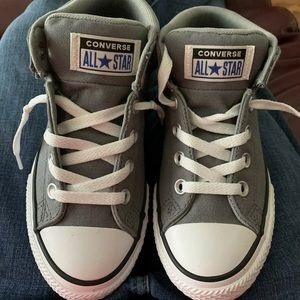 All Star Converse Boys Size 2. NWT Gray